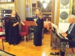 ...e riunisce il fantastico trio con la violinista Alessandra Castriota